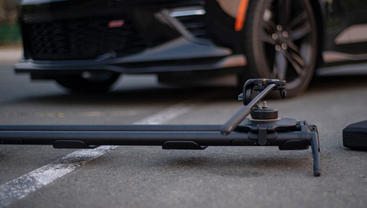 Fstoppers Reviews the Syrp Magic Carpet Pro Slider