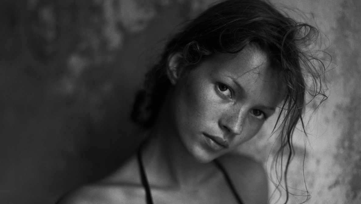 Photographer Publishes Book of Unseen and Intimate Portraits of Supermodel Ex-Girlfriend Kate Moss