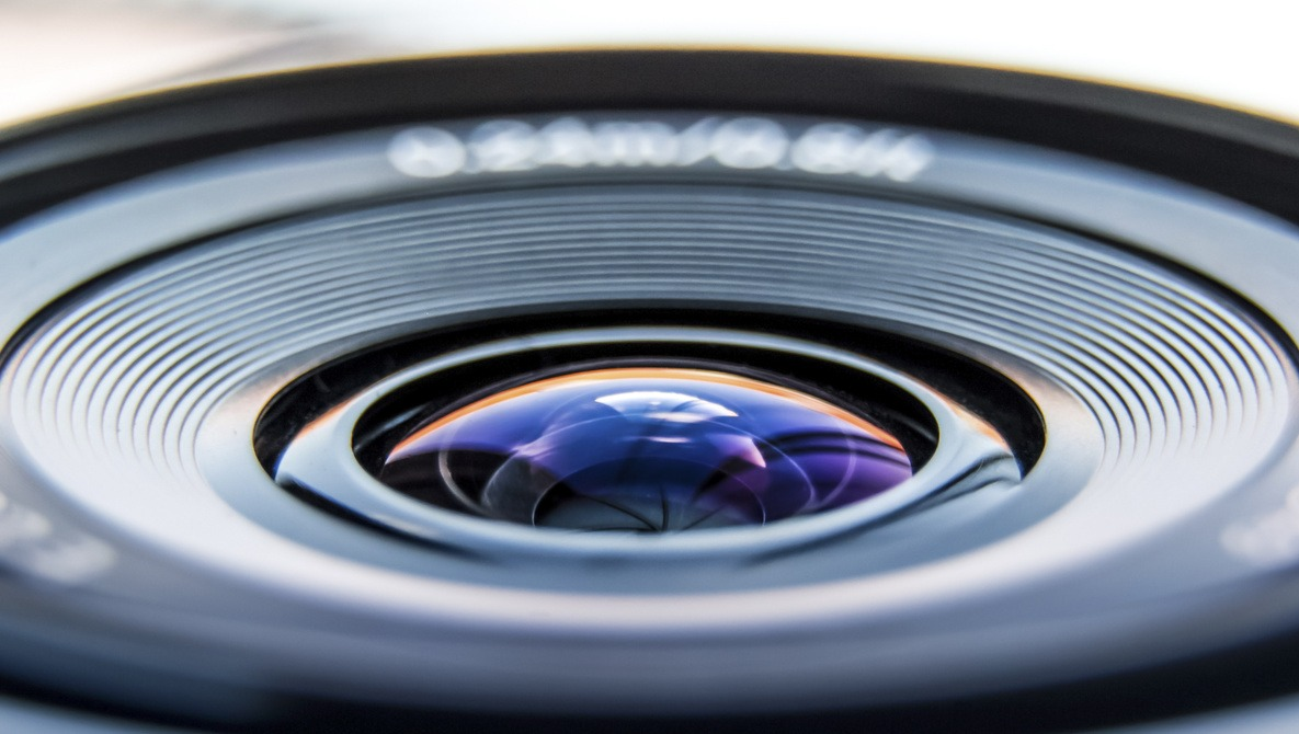 Is It Time to Replace That Cheap Old Lens?