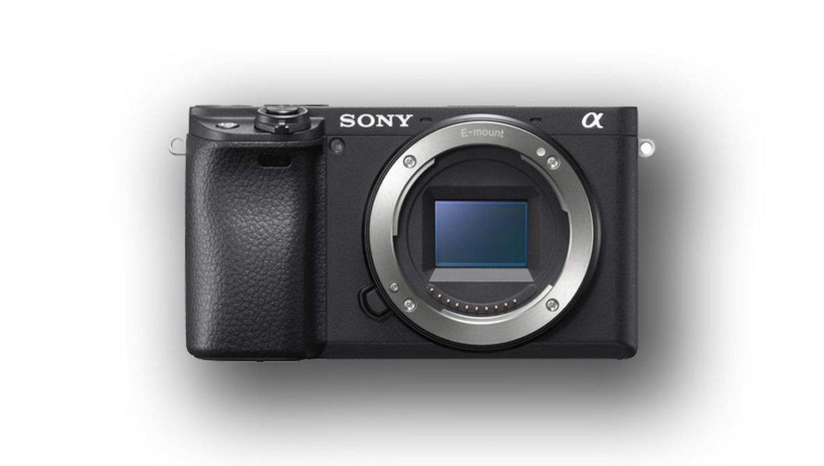 Sony Announces the a6400: an APS-C Camera Perfect for Vloggers?