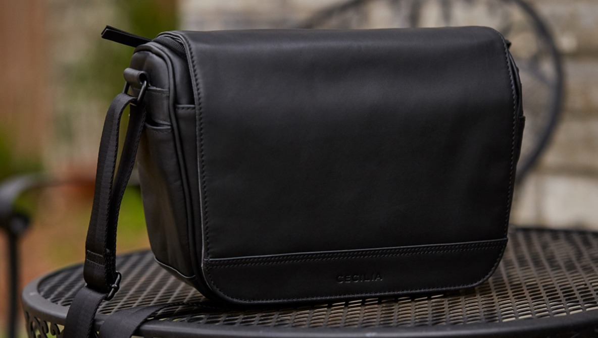 New Year, New Bag: Fstoppers Reviews the Cecilia Tharp 8L Camera Messenger Bag