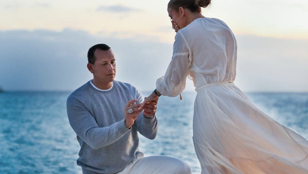 J Lo Hair Styles: A-Rod And J-Lo Engagement Photos Proof That Instagram Is