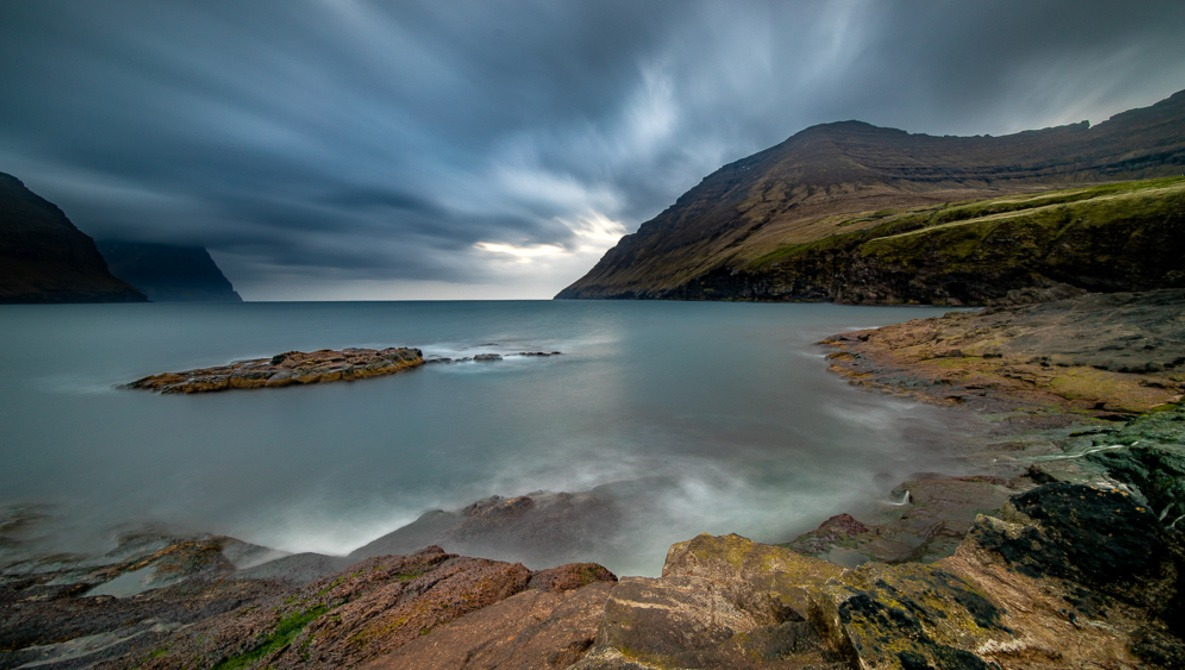 Using Long Exposures Without the Help of Neutral Density Filters