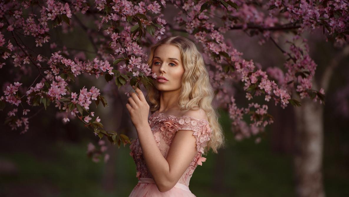 Fstoppers Photographer of the Month (March 2019): Anna Pyhäjärvi