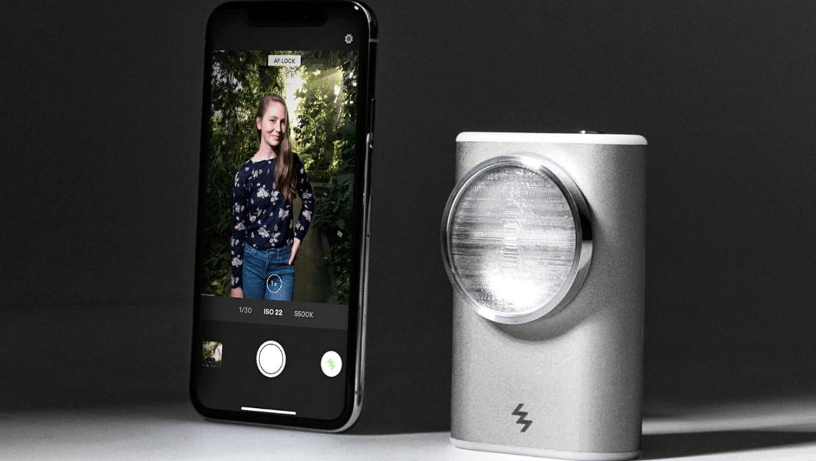 Kickstarter for LIT Xenon Flash for Smartphones Is Canceled Despite Raising 150% of Goal