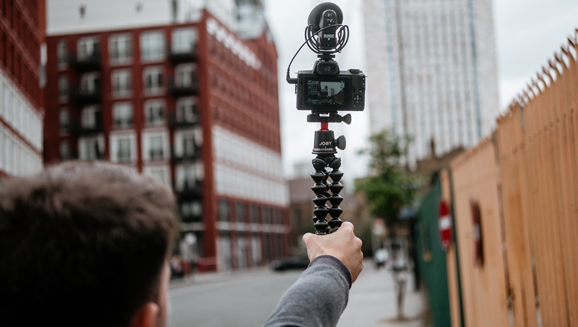 The Must Have Vlogging Accessory: Fstoppers Reviews the JOBY GorillaPod 3K PRO Kit