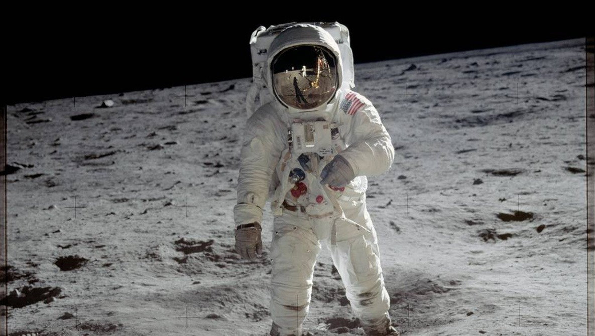 The Man Who Bought the Original Moon Landing Tapes for $218 Will Soon Become Rich