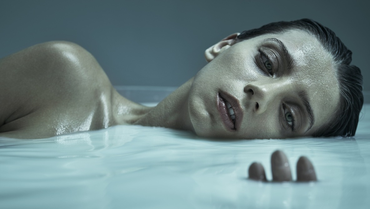How Robert Ascroft Shot This Series of Milk Images with Celebrity Angela Serafyan of HBO's Westworld