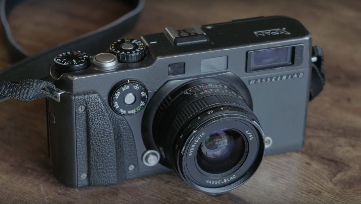 Thoughts on the Most Famous Panoramic Film Camera: Hasselblad XPan |