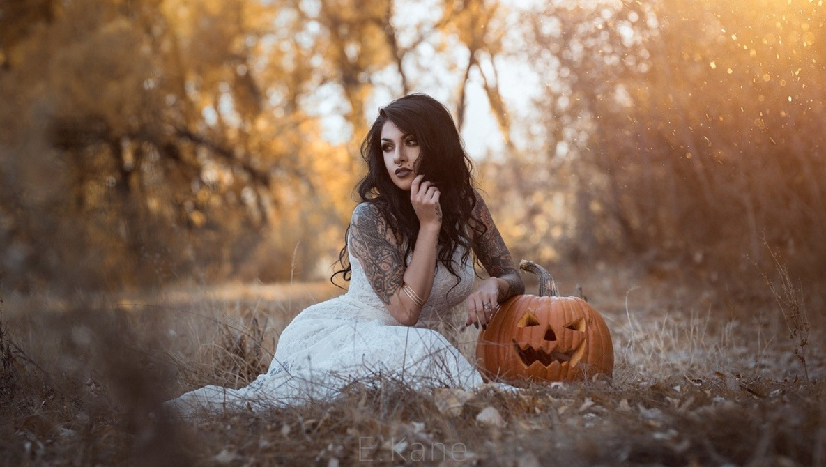 Let's See Your Halloween and Spooky Photography From Recent Years