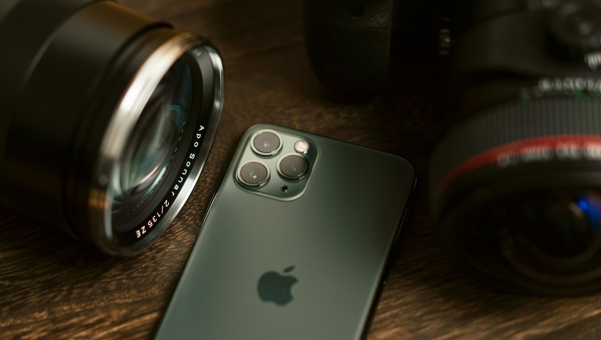 Here's Why the iPhone Is the Best Camera for Beginners