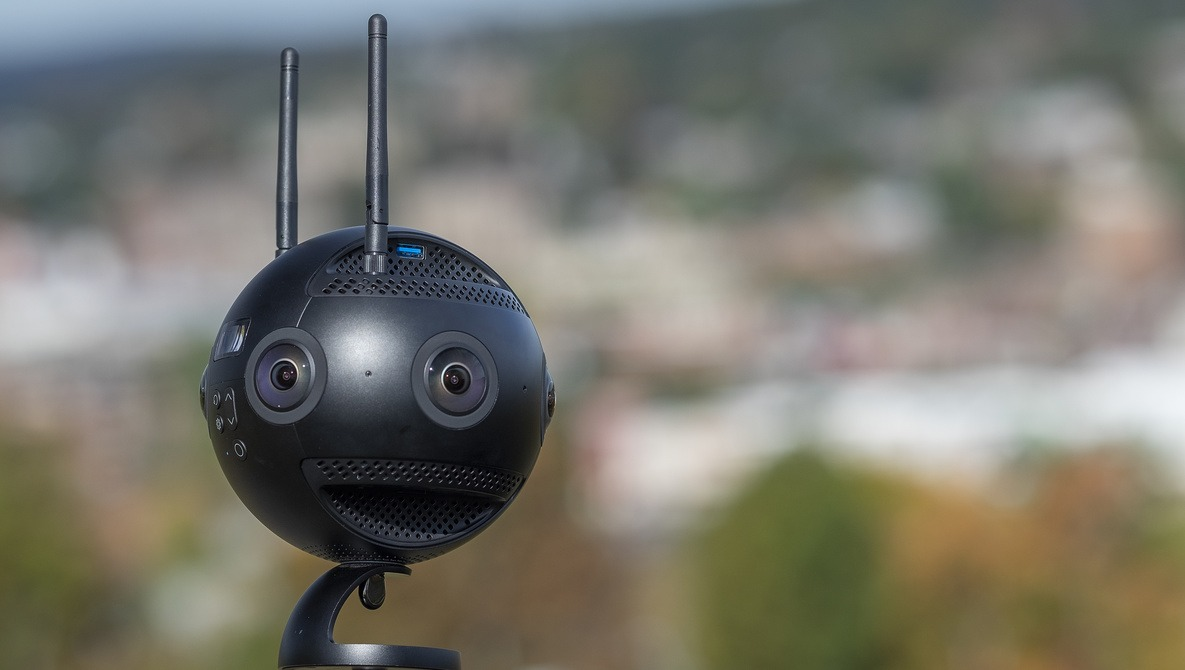 Fstoppers Reviews the Insta360 Pro 2: The Step up in User-Friendly 360 You're Looking For