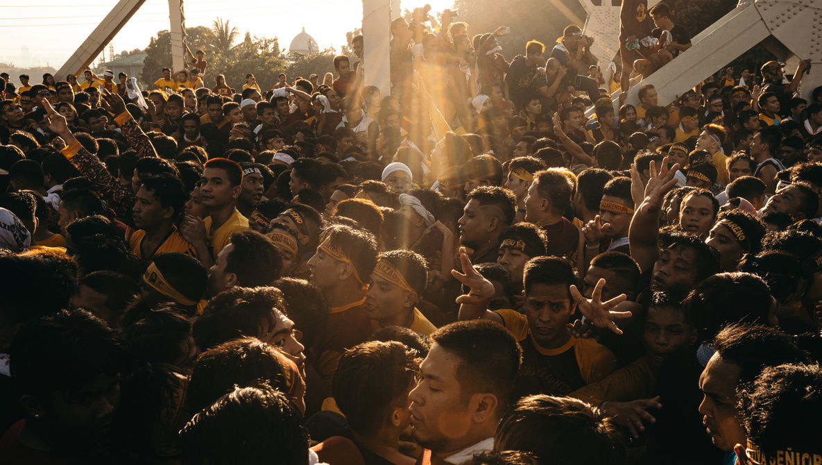 Devotion in Photographs: Shooting One of the Largest Religious Events in the World