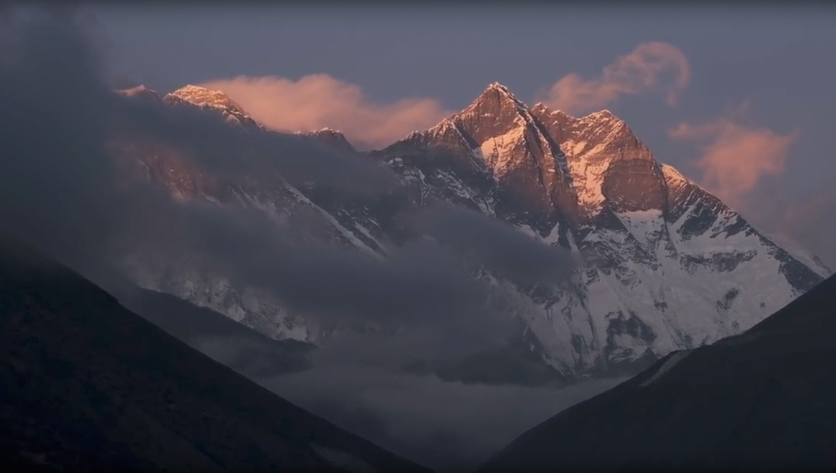 The Reality of Photographing the Himalayas: Acute Mountain Sickness