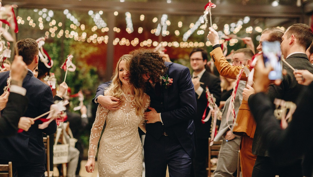 Filling Income Gaps for Wedding Photographers During COVID-19