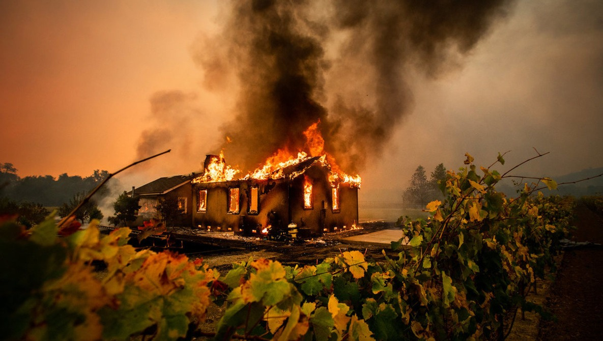 The Surreal Photos Taken by the Man Documenting the World's Most Devastating Wildfires