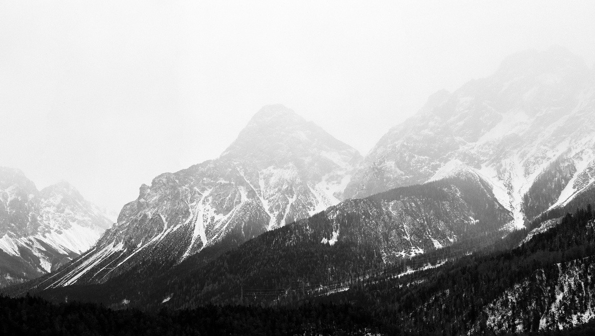 Minimalist Landscapes: Why Is It so Difficult When There's so Little in the Frame?