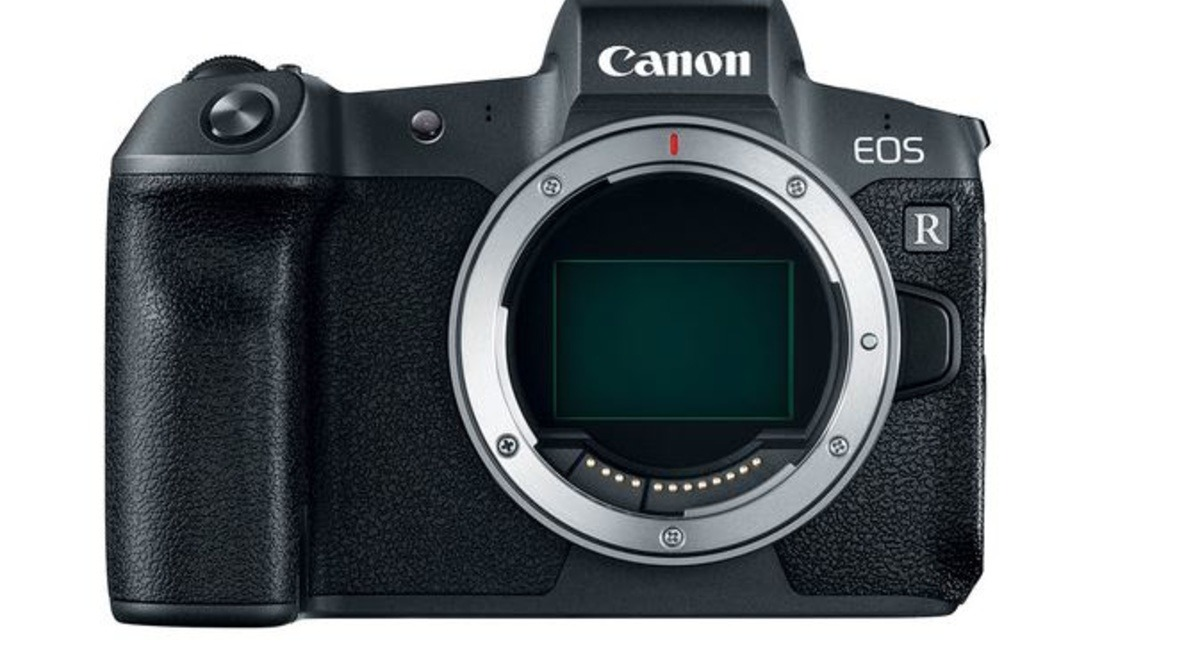 Canon EOS R6 Moves Closer to Official Launch. Will It Be a Genuine Alternative to the EOS R5?