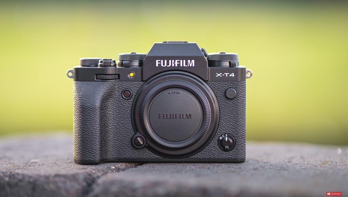 A Year With Fuji's Flagship X-T4 Mirrorless Camera
