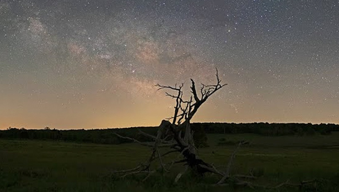 How to Blend the Night Sky and Foreground in Photoshop