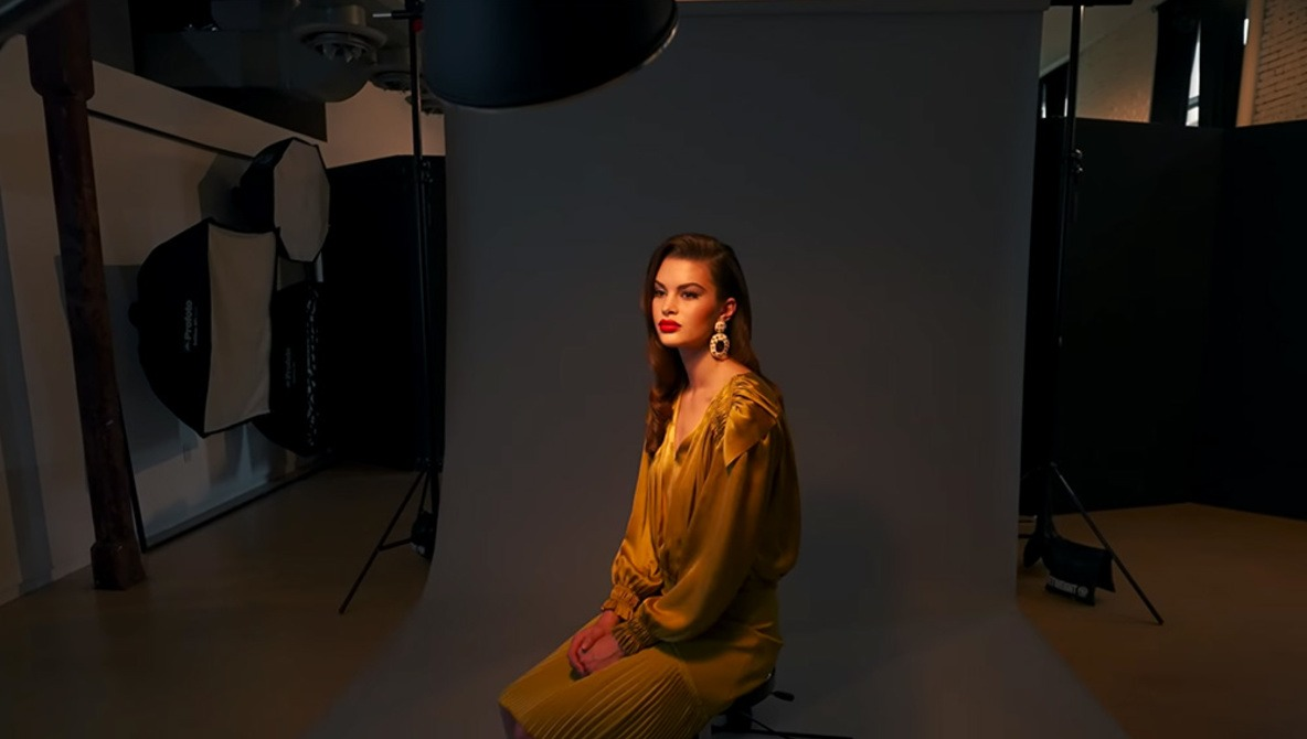 How to Easily Set Up a Portrait With Paramount Lighting