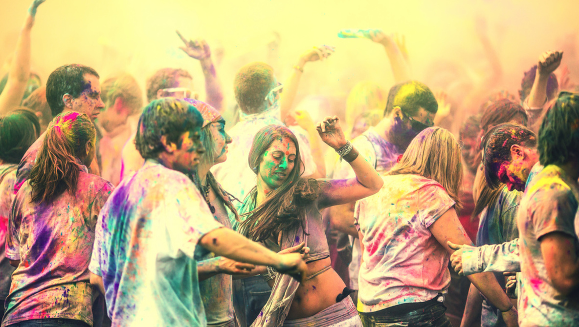15 Amazing Images Of The Festival of Colors