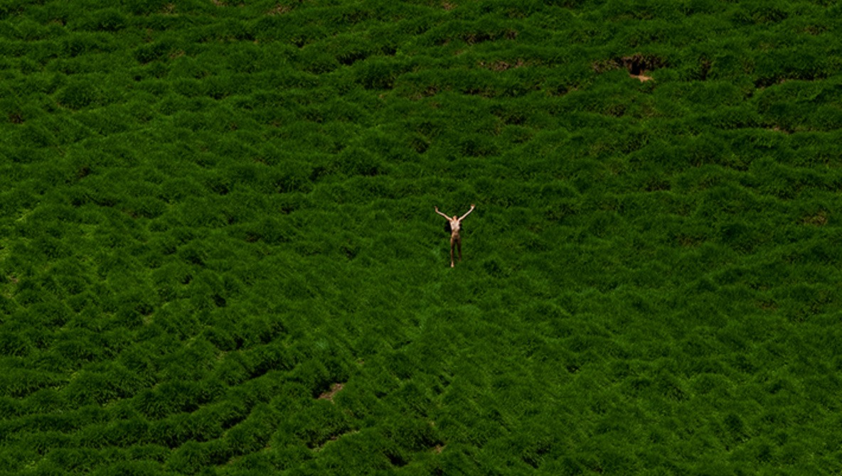 Nature and the Female Form: The Photography of Daniel González (NSFW)