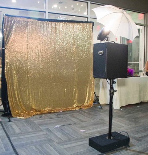 Fstoppers Reviews the Open Air Photobooth From Photobooth Supply Co