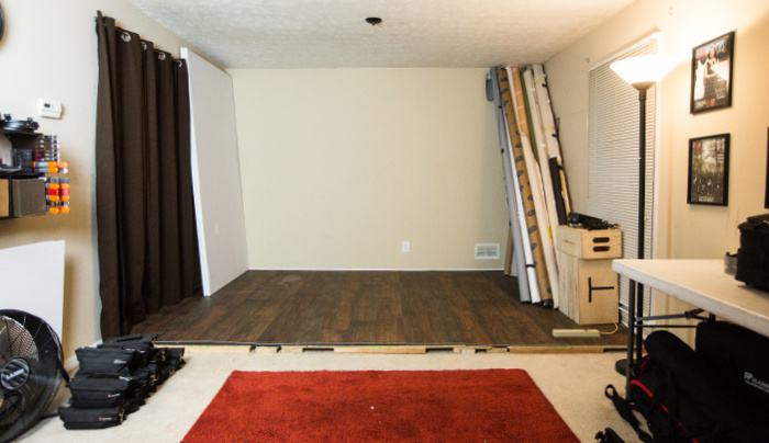 Transform Your Living Room Into A Practical Studio And Making It Work