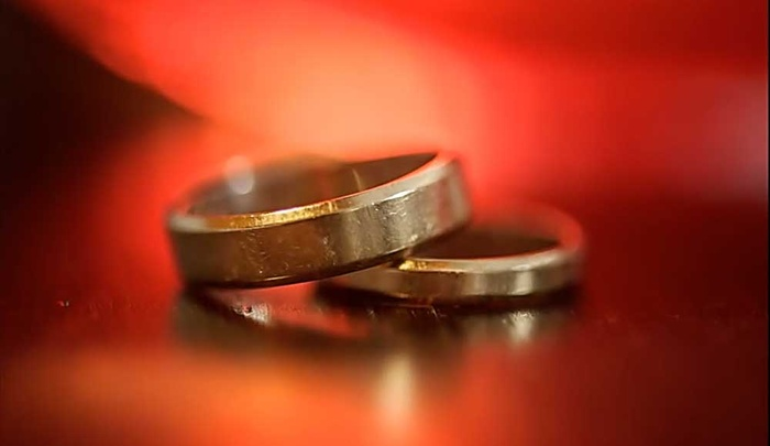 Creative Ways To Photograph Wedding Rings Using Household Objects