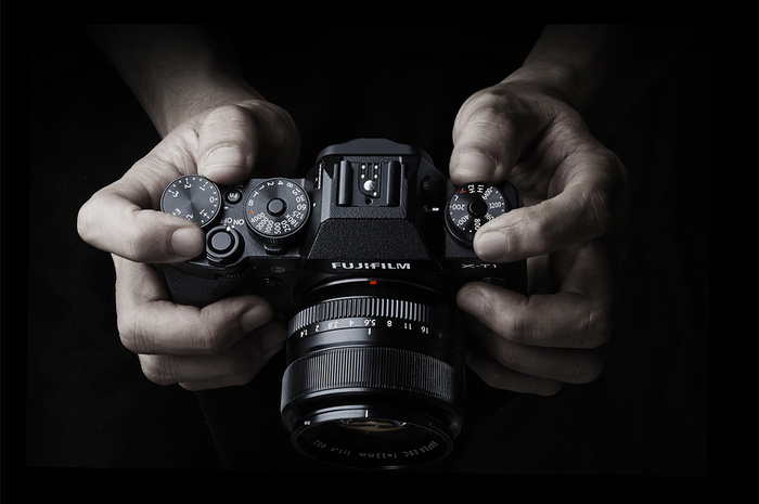 Fujifilm and Sony Release Many Firmware Updates for Popular Cameras and Lenses