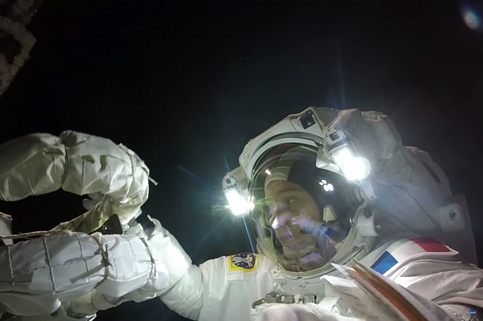 This Video Shows You an Astronaut's View During a Spacewalk