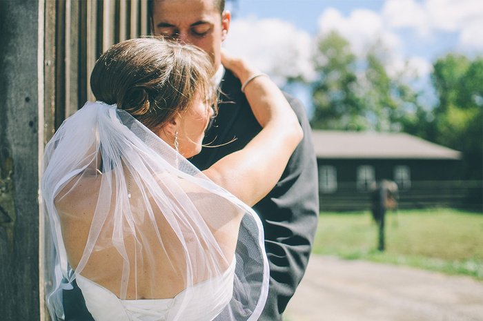 Five Tips to Find Music for Your Wedding Video
