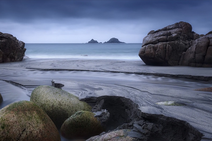 How to Take Great Landscape Photos Even With Gray Skies