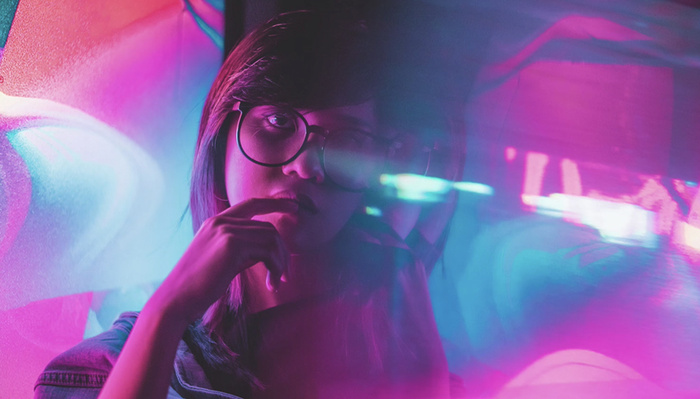 How To Shoot Neon-Themed Portraits At Home