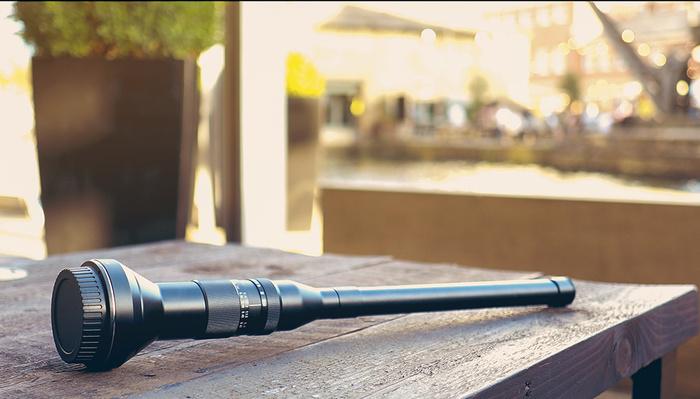 Fstoppers Reviews the Laowa 24mm f/14 Macro Probe Lens: Weird and Wonderful