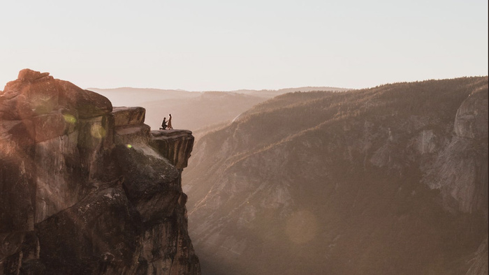Photographer Searches for Mystery Couple Captured in Amazing Yosemite Photo
