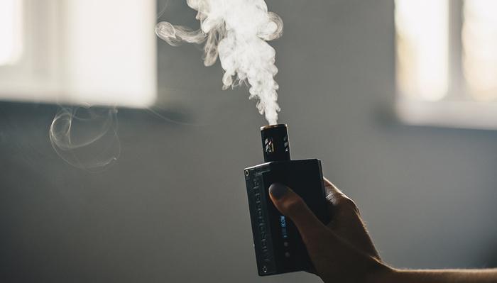 Pocket-Sized Smoke Machine? Fstoppers Review MicroFogger!