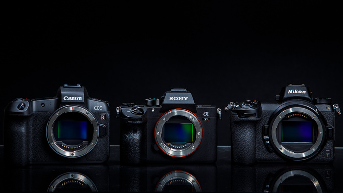 How Wrong EVF Settings Can Make Flash Photography on Mirrorless Cameras Difficult