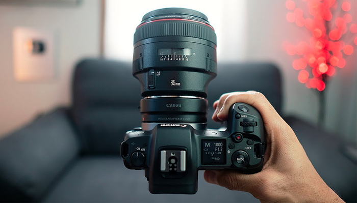 A Sony User Tries the Canon EOS R
