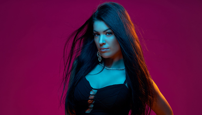 Spice Up Your Portrait Lighting With Colored Gels