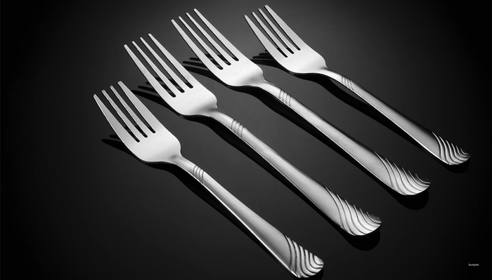 How to Take a Great Cutlery Shot With Just One Light