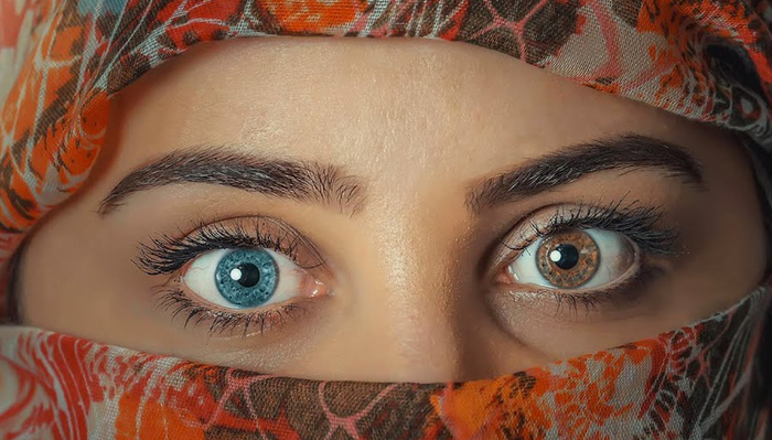 How to Change Eye Color Using Lightroom