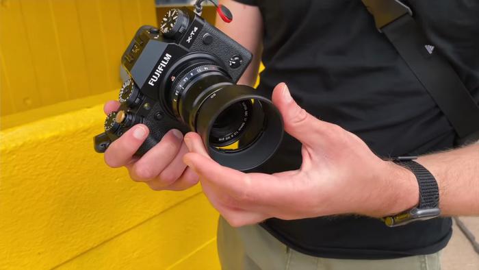 Fujifilm 50mm f / 2 Adalah Powerhouse berukuran Saku