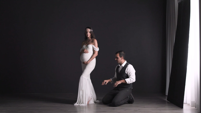 A Guide to Posing Maternity Portraits
