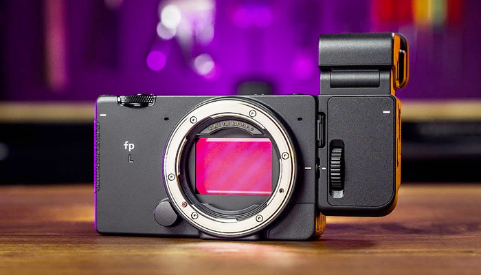 A Camera That Makes No Sense: What Was the Thinking Behind the Sigma fp L?