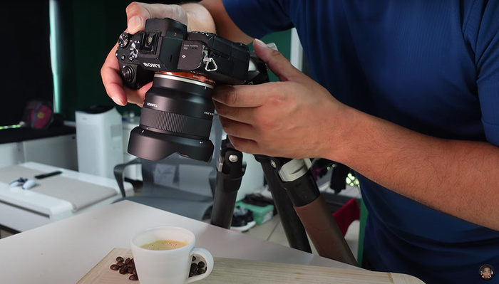 A Review of the Versatile Tamron 20mm f/2.8 Di III OSD M 1:2 Lens