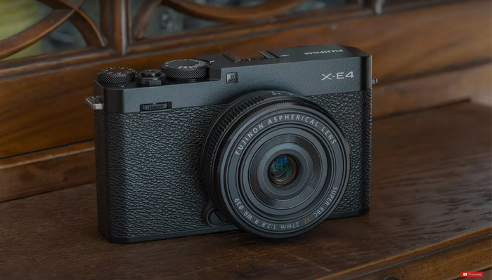 A Review of the Fujifilm X-E4 Mirrorless Camera