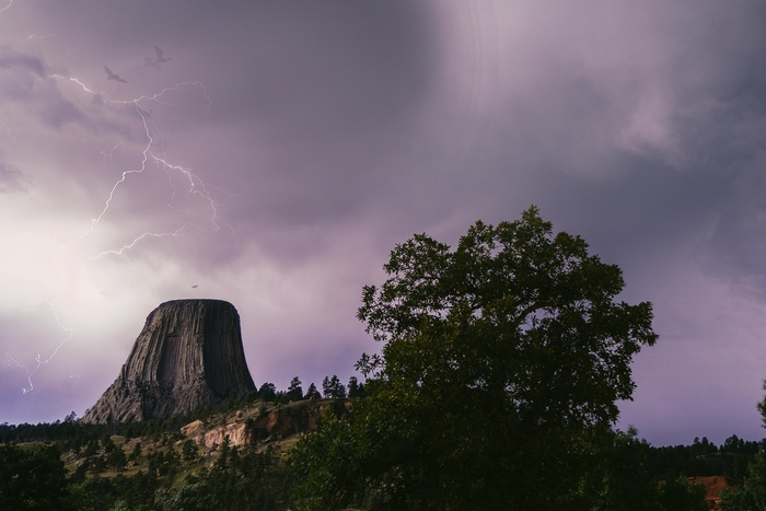 Lightning Over The Devils Tower Michael Auffant On Fstoppers