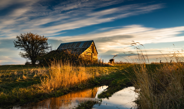 Old Barn Sunrise Evan Jones On Fstoppers